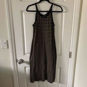 Old Navy Midi Stripped Dress